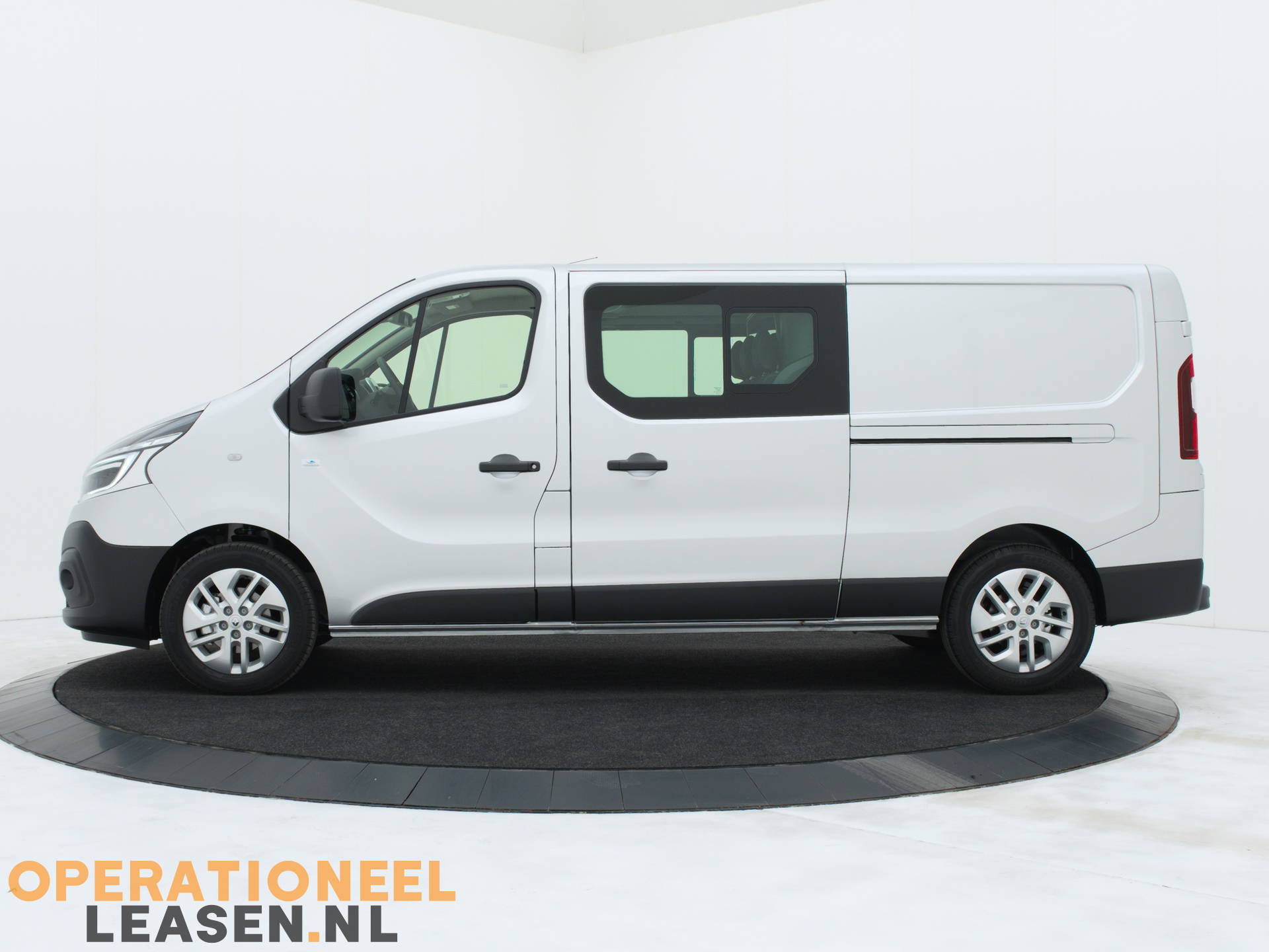 Operational lease Renault master traffic-12