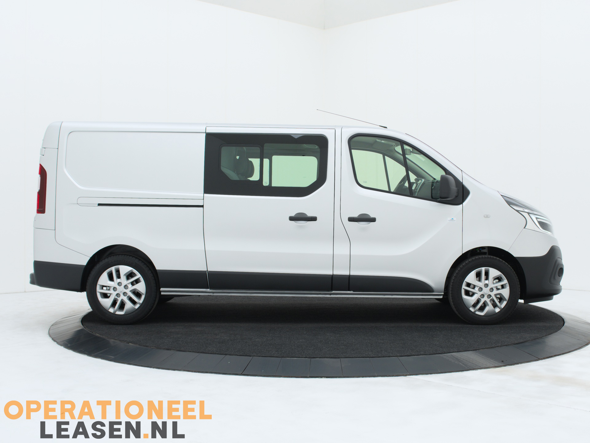 Operational lease Renault master traffic-13