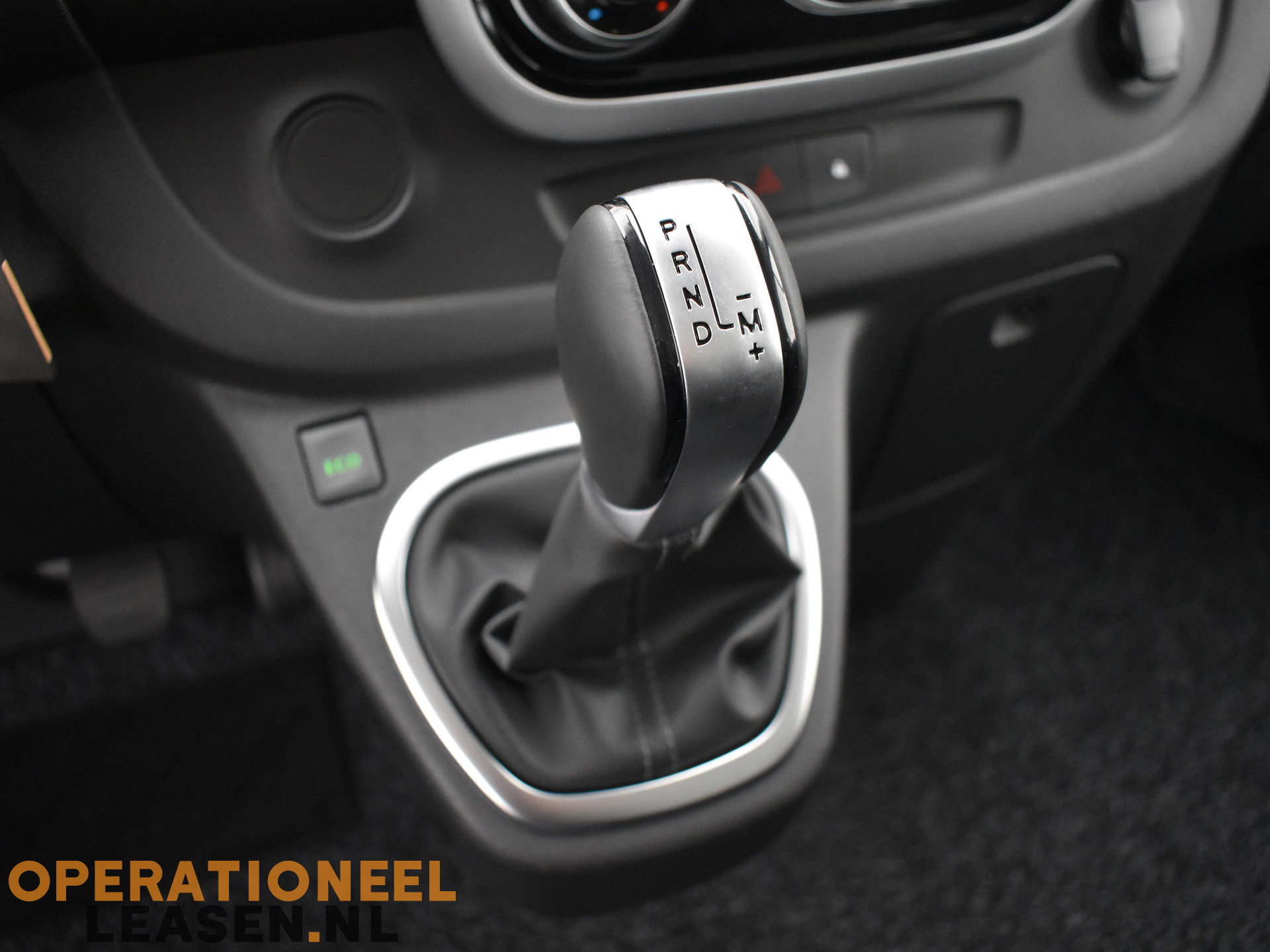 Operational lease Renault master traffic-17