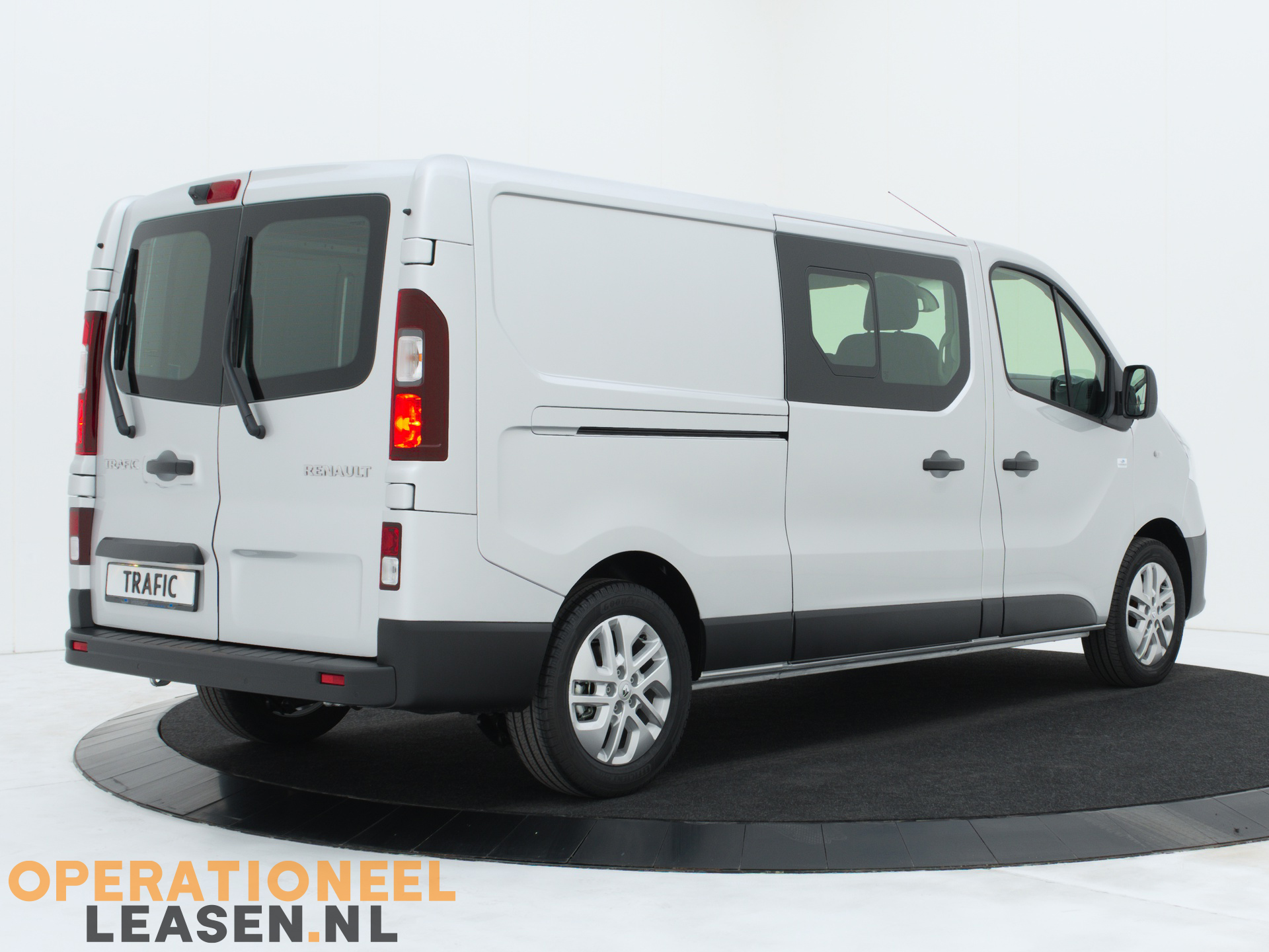 Operational lease Renault master traffic-2