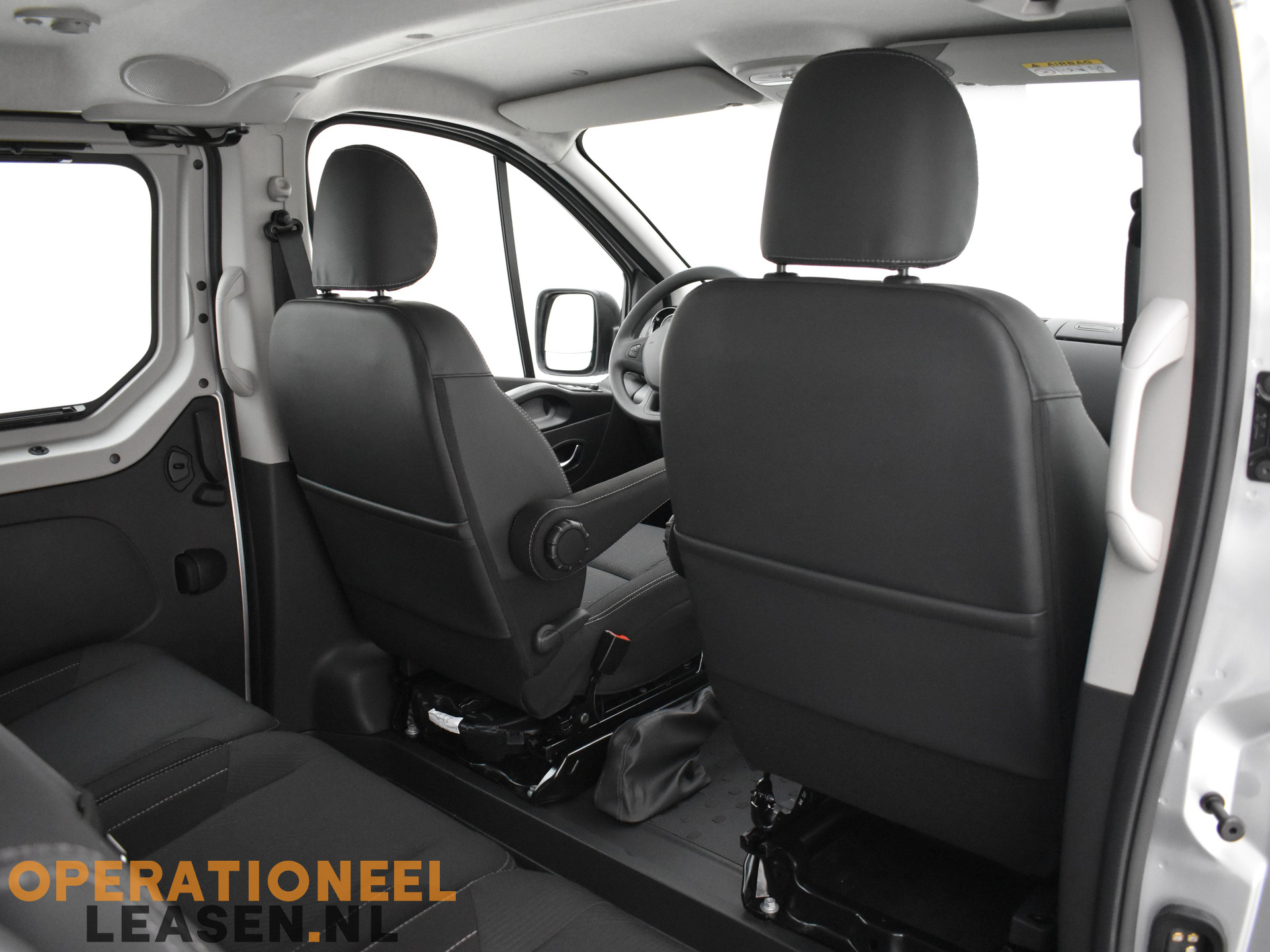 Operational lease Renault master traffic-25