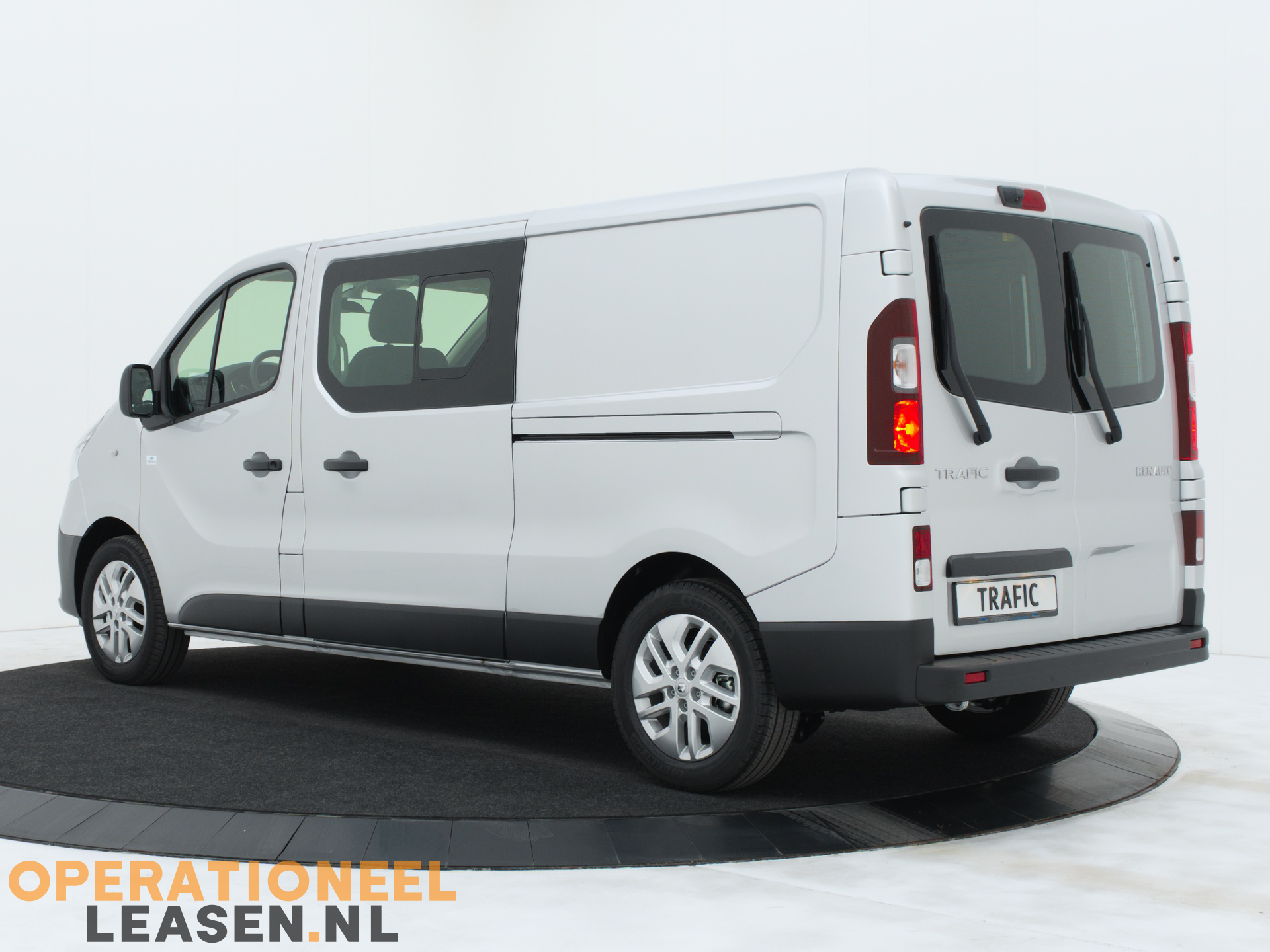 Operational lease Renault master traffic-6